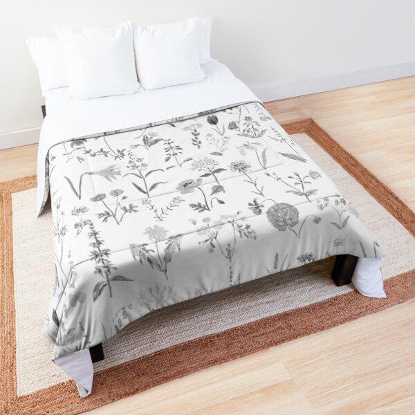 countryside wildflowers black and white Comforter