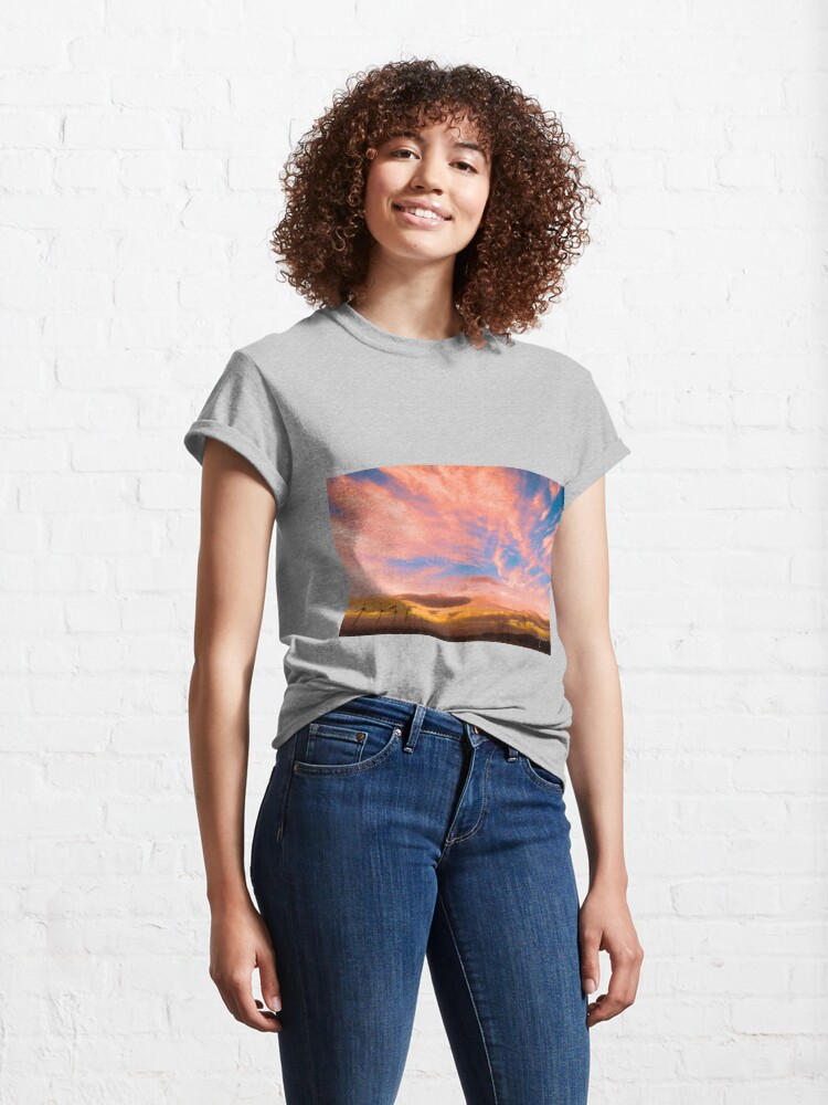 Alternate view of 0278 Southern California Desert Sunsets - A Landscape of Fiery Colors Classic T-Shirt