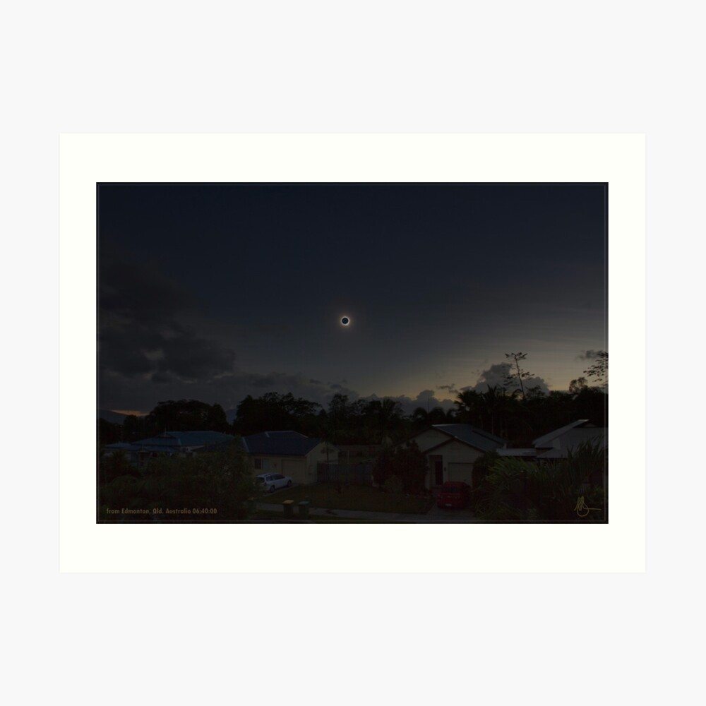 Cairns Total Solar Eclipse 14-11-2012 Art Print