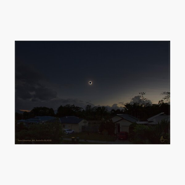 Cairns Total Solar Eclipse 14-11-2012 Photographic Print