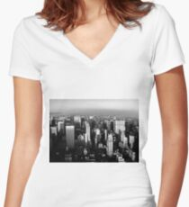 Stunning! New York City Vintage 1970's Women's Fitted V-Neck T-Shirt