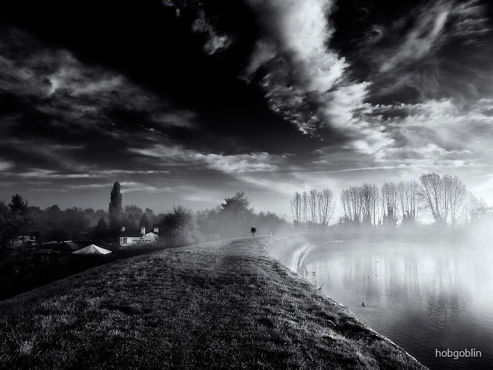 Misty Morning on Tring Reservoir by hobgoblin
