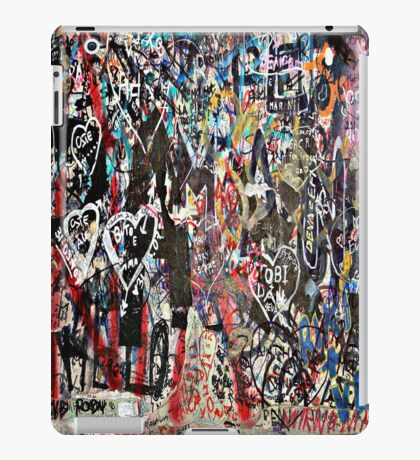 Love background iPad Case/Skin