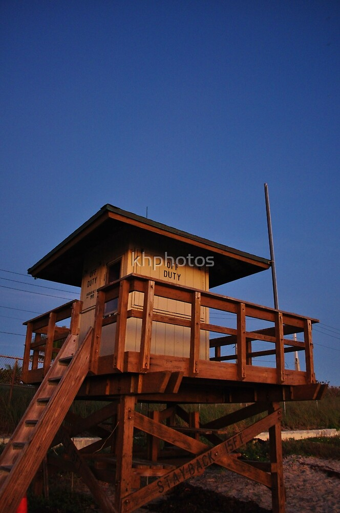 Life guard shack in the Sunrise  by khphotos
