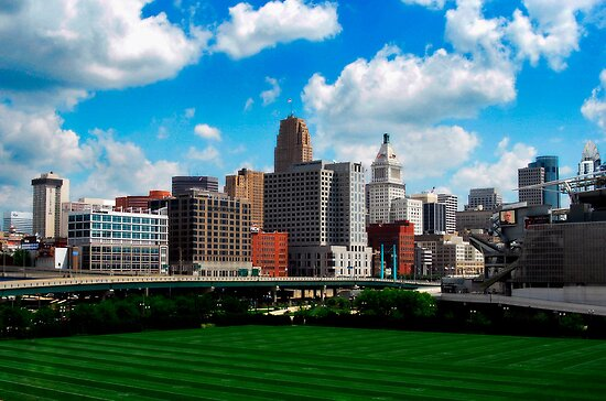 Cincinnati Skyline 7 by Phil Campus