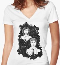 x files: do you think i'm sp00ky Women's Fitted V-Neck T-Shirt