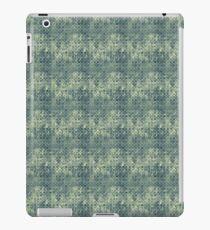 Grungy Green Circles iPad Case/Skin