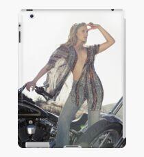 Katee Sackhoff vs. iPad iPad Case/Skin