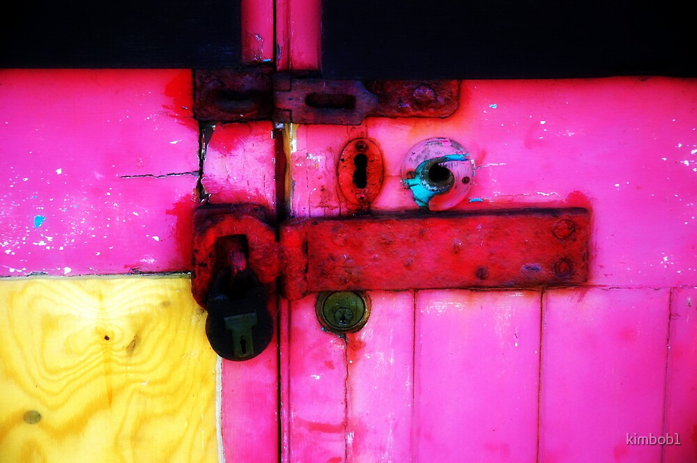 some colourful gates  by kimbob1