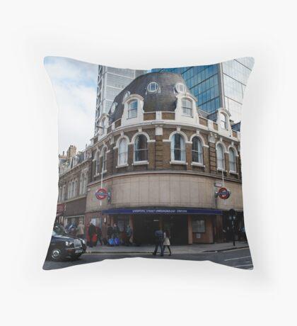 liverpool street underground station Throw Pillow