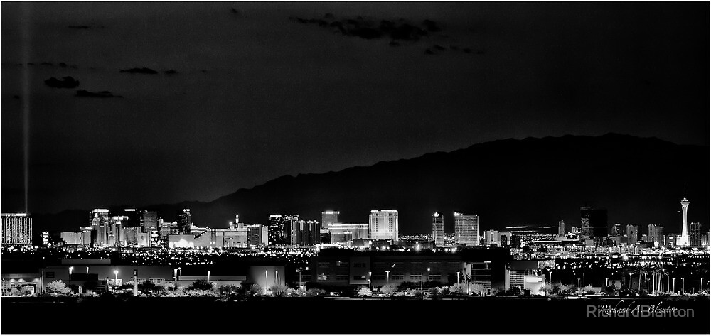 Las Vegas Skyline by RichardBlanton