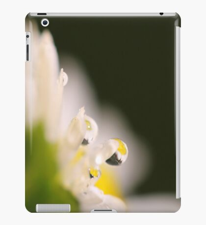 The Tears of the Daisy iPad Case/Skin