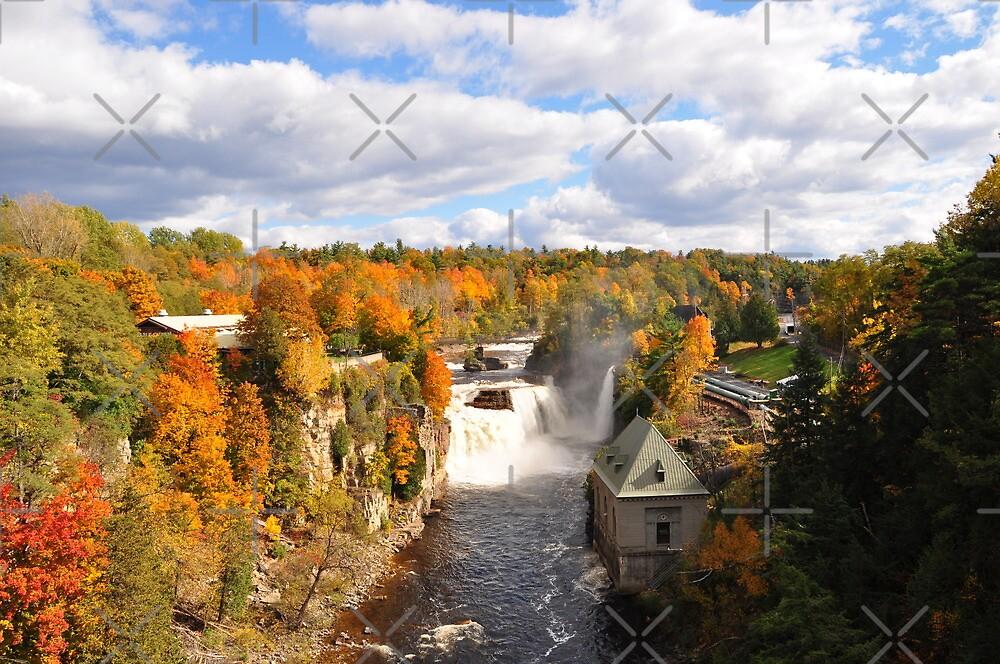 Waterfall by hazarip