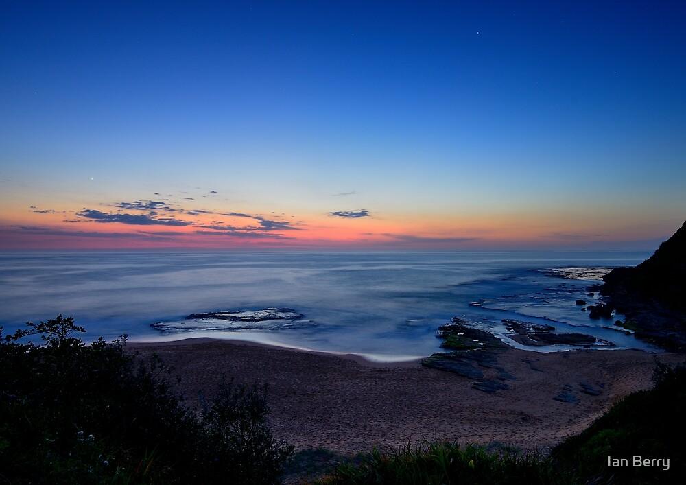 Turimetta first light by Ian Berry