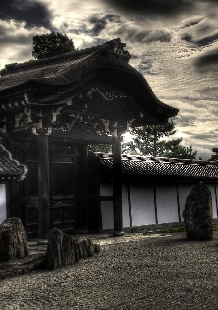 Tofuku-ji by Giles Thomas
