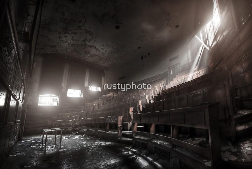 Silence in class by rustyphoto