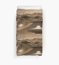 YOU NEVER KNOW WHAT YOU'LL SEE ON ROUTE 66 Duvet Cover