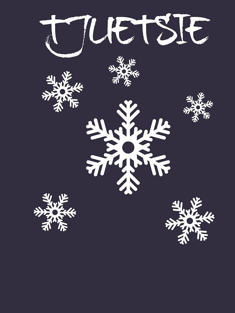 Tjuetsie - Falling Snow by Eoghansandberg