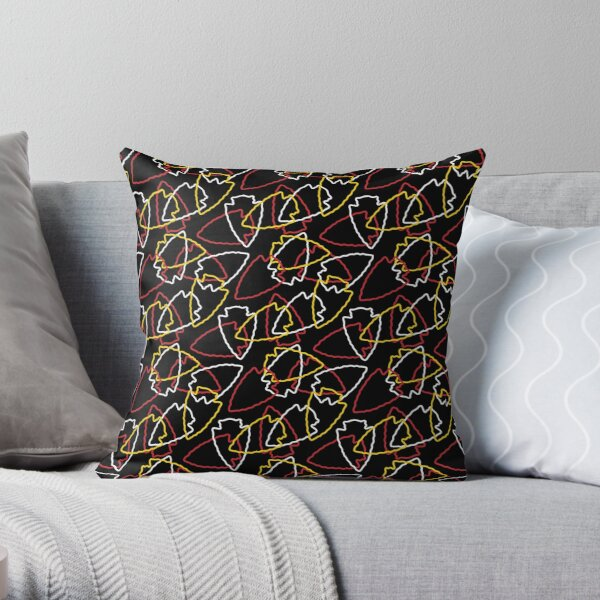 Chiefs Arrowhead Pattern on Black Throw Pillow