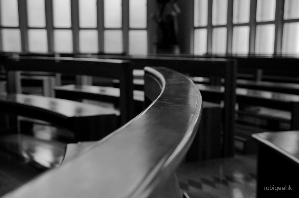 The pews by robigeehk