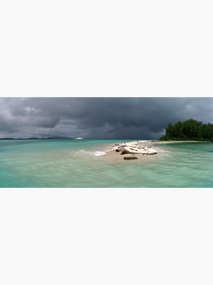 Squall at Hermit Atoll I by neoniphon