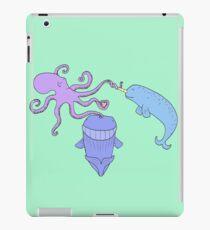 iPad BFF  iPad Case/Skin