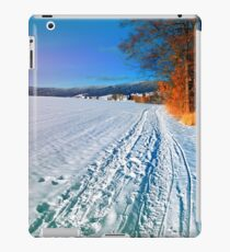 Hiking through a sunny winter scenery iPad Case/Skin