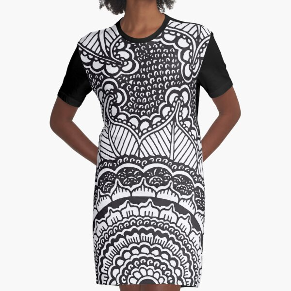 Blooming Henna Flower || Black and White || Floral || Abstract Plants Graphic T-Shirt Dress