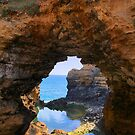 The Grotto, Great Ocean Road by kcy011