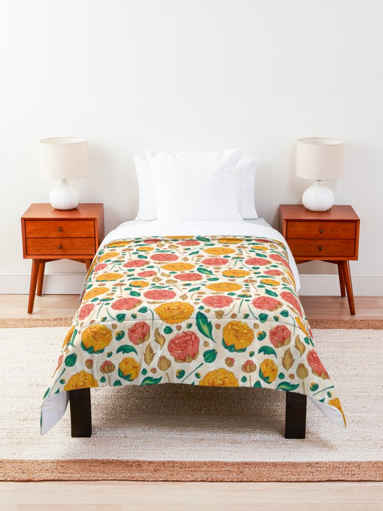 Alternate view of Floral pattern on Comforter