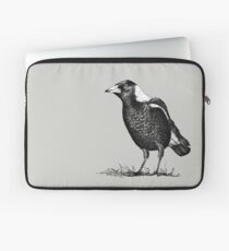 Magpie - Dedicated to family Laptop Sleeve