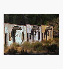 Old Dinosaur Motel Photographic Print