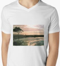 Last light on the Esplanade Men's V-Neck T-Shirt