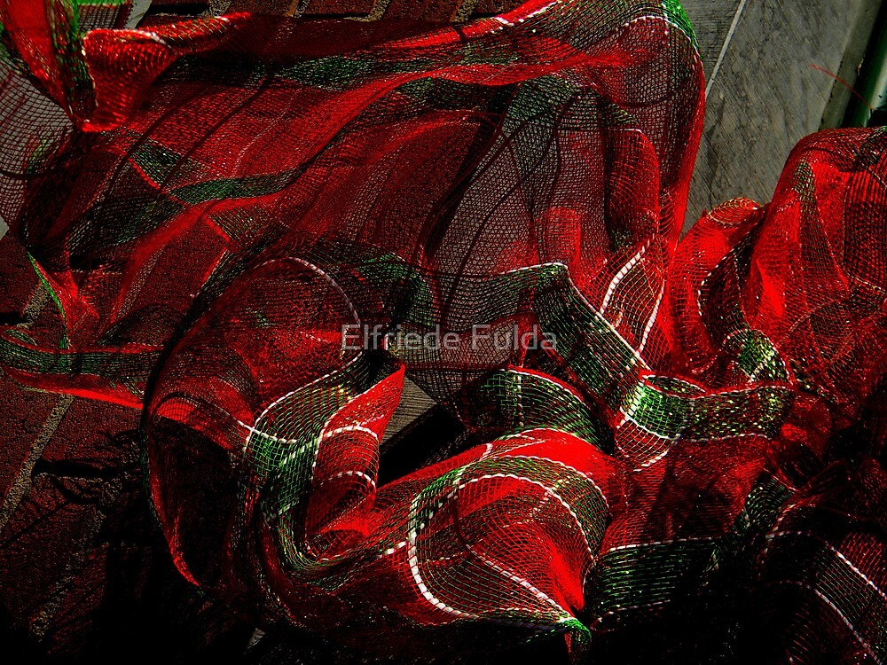 Merry Christmas & Happy Holidays to Everyone here on RB ! by Elfriede Fulda