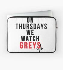Am Donnerstag sehen wir Greys - Black Text Laptoptasche