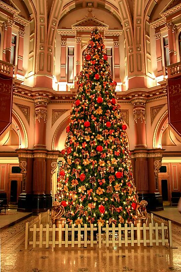 Christmas at 333 Collins Street by Christine Smith