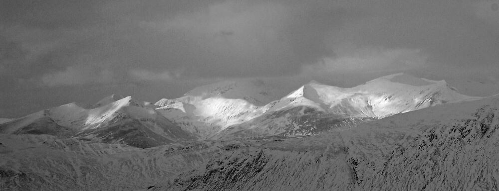 North side of Glencoe 2 by Ian Maclellan