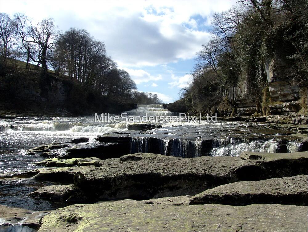 Aysgarth falls by mps2000