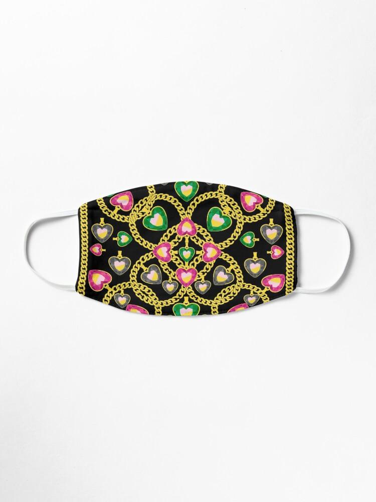Masque Modele De Mode Avec Des Chaines D Or Et Des Bijoux Par Kapotka Redbubble