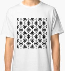 Instant Merit Lucky Inventive Classic T-Shirt
