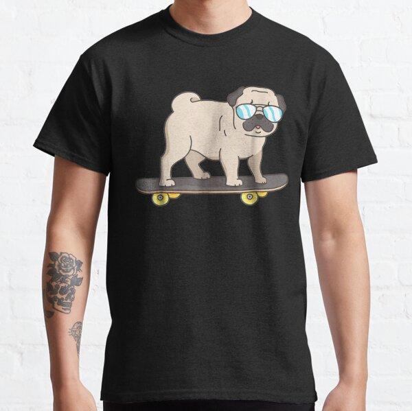 Skateboarding Pug : Pug Dog on Skateboard Fun Dogs  Classic T-Shirt