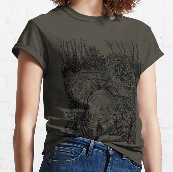 The Owl still sat on the Dolmen (A Tribute to Jan Mankes)  Classic T-Shirt