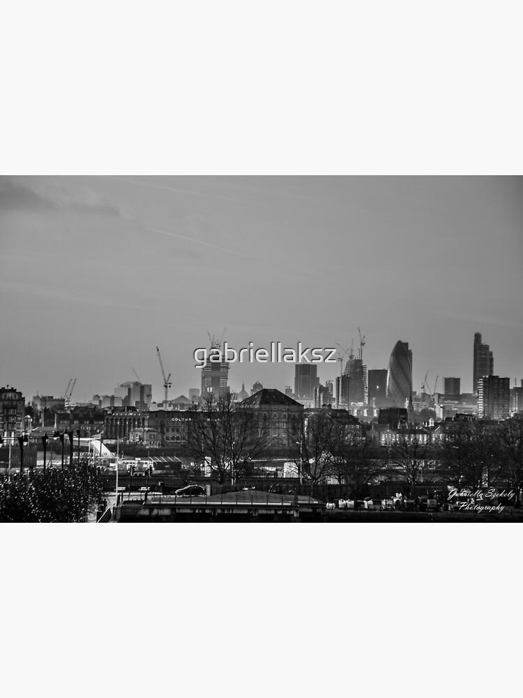 City at dusk by gabriellaksz