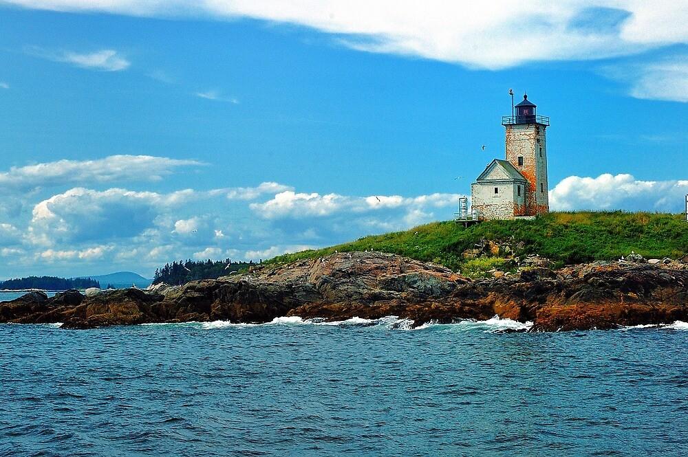 Two Bush Island Lite, Maine by fauselr