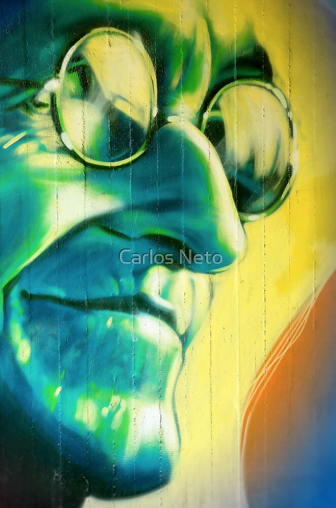 ... Shrinking Universe ...  by Carlos Neto