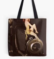 (✿◠‿◠) VINTAGE RETRO STYLE POSE AND CAMERA (✿◠‿◠) Tote Bag