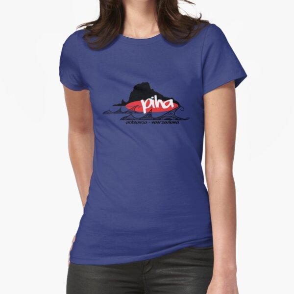 piha / lion  rock surf  Fitted T-Shirt