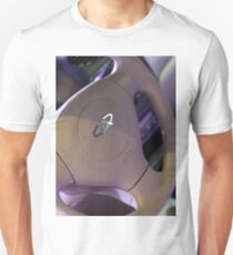 Chery QQ Electric Steering Wheel II [ Print & iPad / iPod / iPhone Case ] T-Shirt