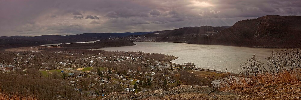 The Village of Cold Spring & The Hudson River, New York by Chris Lord