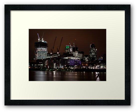London gherkin (30 st mary axe) by Lee Rolfe